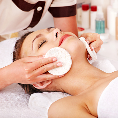 Facial Treatments – Organic, Oxygen, Microdermabrasion & More