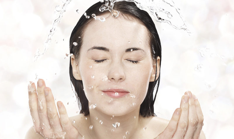 How to Properly Wash Your Face by cleansing